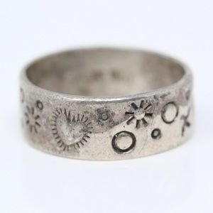 NAVAJO AK Sterling Stamped Hearts Band Ring 6